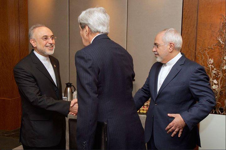 عکسهای دیدار جان کری ظریف و صالحی در ژنو سوئیس 2015,عکس های دیدار جان کردی و جواد ظریف و علی اکبر صالحی,عکس دیدار وزیران در ژنو سوئیس در سال 2015,توافق ژنو