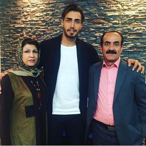 عکس سجاد مردانی و پدرش و مادرش + بیوگرافی کامل