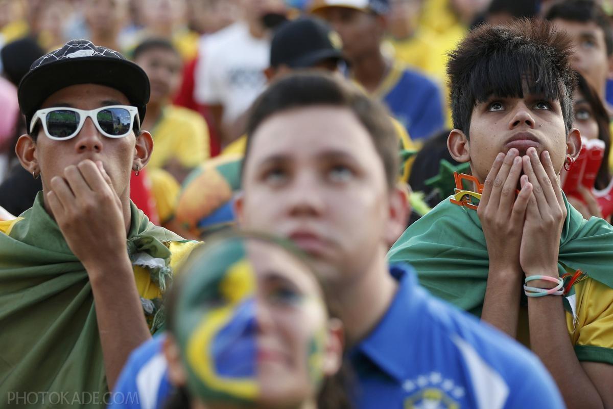 عکس تماشاگران ناراحت برزیلی از حذف تیم ملی برزیل