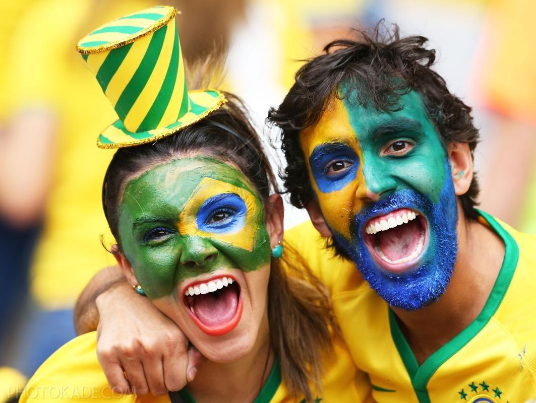 عکس تماشاگران قبل و بعد بازی برزیل