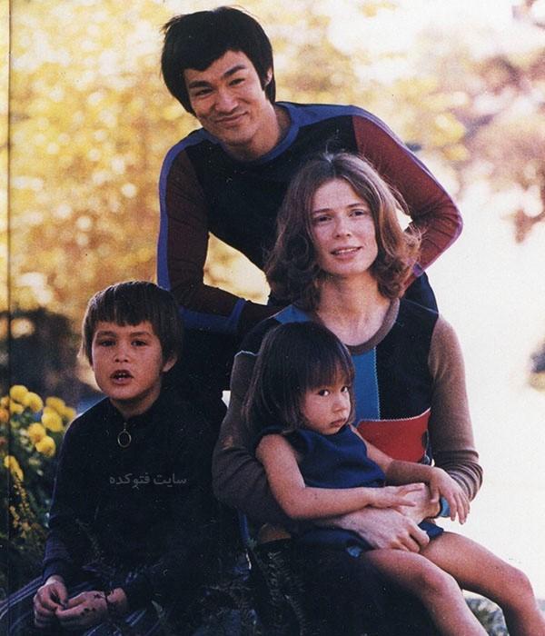 عکس بروسلی و همسرش + خانواده و فرزندان