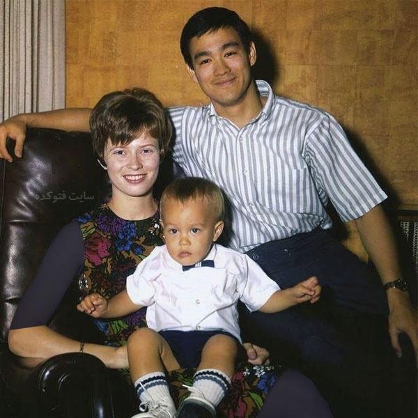 همسر بروسلی و فرزندان + زندگی شخصی
