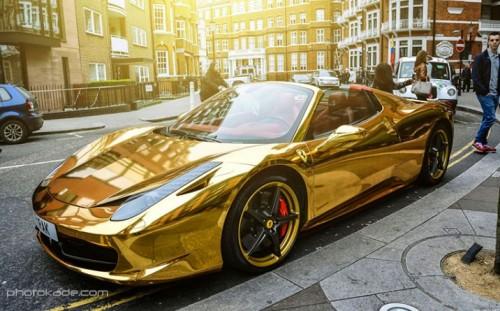 عکس های ماشین فراری طلایی