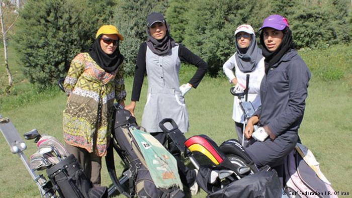 عکس دختران گلف باز ایرانی,عکس دختران ایرونی خوشگل در حال بازی گلف,عکس گلف بازان دختر ایرانی,عکس مسابقه گلف دختران,گلف در ایران,عکس مسابقات گلف دختران,golf