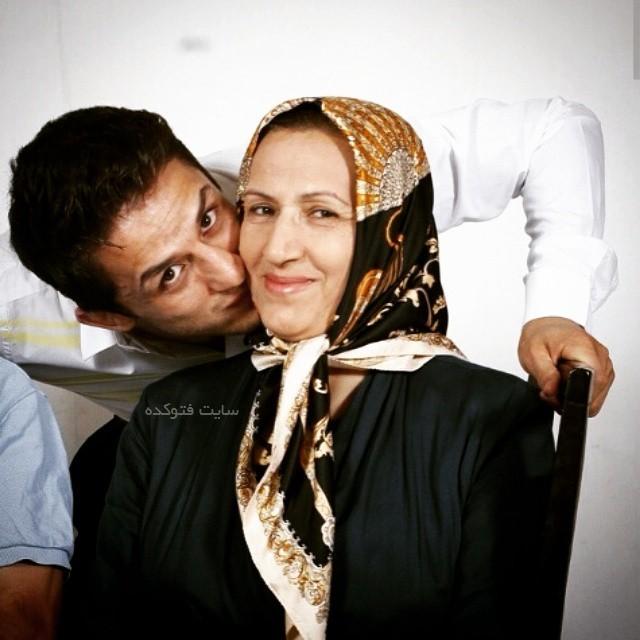 عکس حمید سوریان و مادرش + بوس و بغل