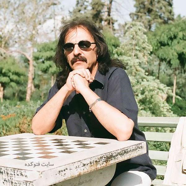 Kourosh Yaghmaei خواننده و نوازنده راک
