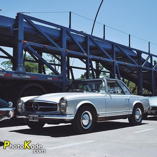 Mercedes-Benz 280SL Roadster