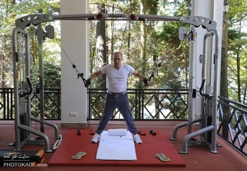 بدن سازی ولادیمیر پوتین و مدودف,عکس بدن سازی پوتین,عکس های بدن سازی عجیب ولادیمیر پوتین با مدودف,عکس خفن از رئیس جمهور روسیه