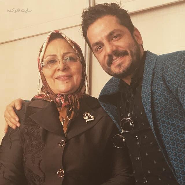 عکس عباس غزالی با مادرش + بیوگرافی
