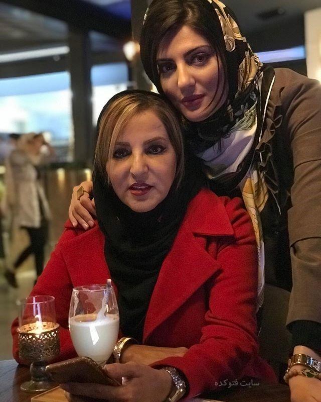 عکس هلیا امامی و مادرش