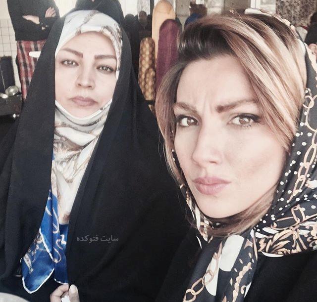 عکس محیا دهقانی و مادرش
