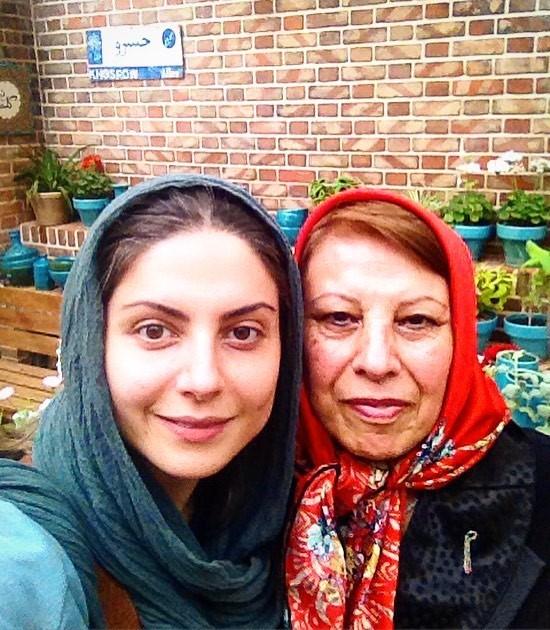 عکس سولماز غنی و مادرش