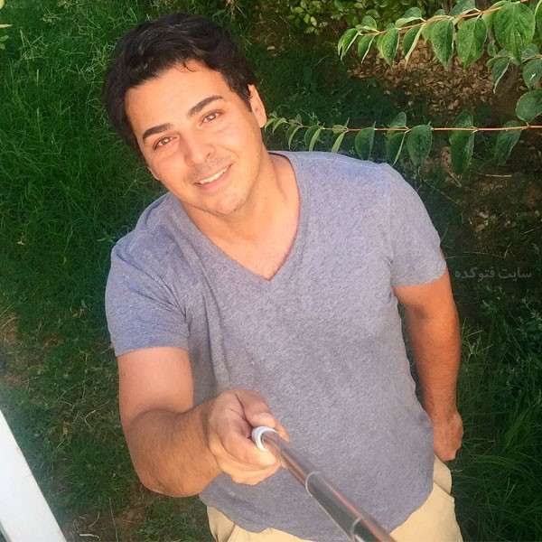 بیوگرافی علی منصوری بزایگر خط قرمز