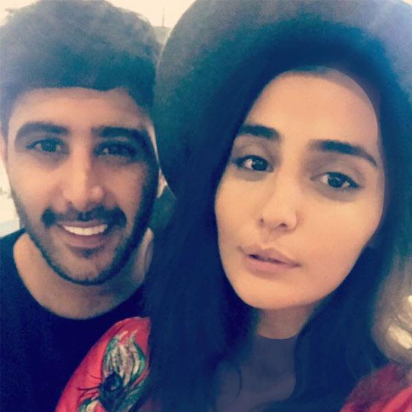 بیوگرافی علیشمس و همسرش ویدا پارسا
