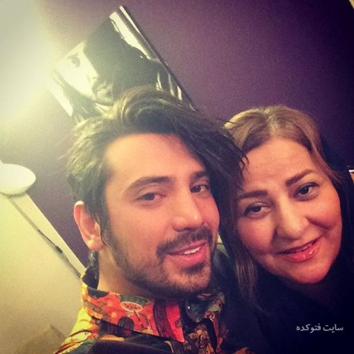 عکس امیر عباس گلاب و مادرش + زندگینامه