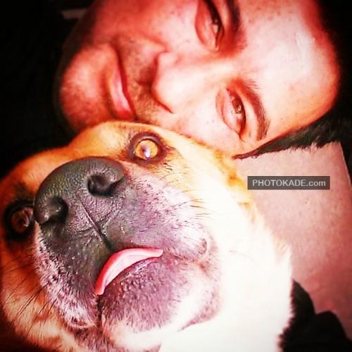 عکس امیرحسین صدیق و سگ خانگی اش + بیوگرافی و شغل دوم