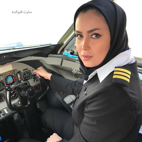 عکس های آناهیتا نیکوکار خلبان بازیگر