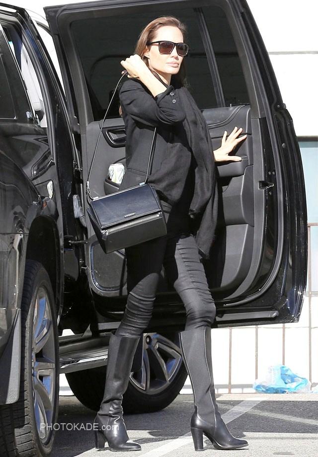 عکس های جدید آنجلینا جولی در سال 94,آنجلینا جولی و بردپیت,عکس خفن آنجلینا جولی بازیگر زن هالیوود,عکس های دیده نشده آنجلینا جولی,عکس های متفاوات آنجلینا جولی