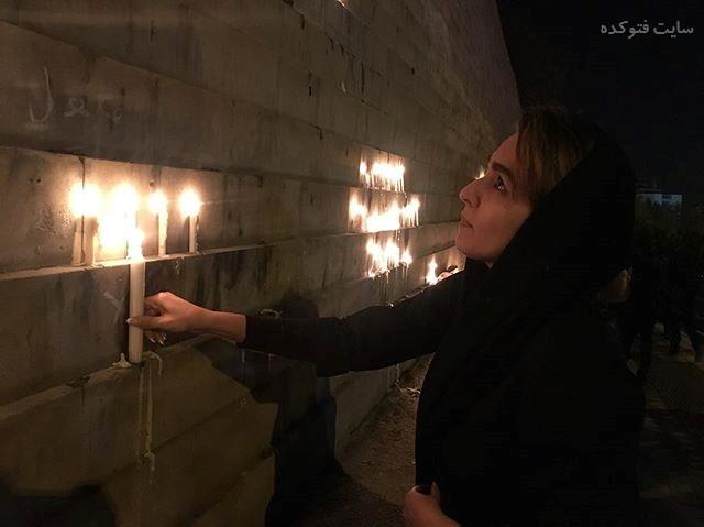 عکس سحر صباغ سرشت در حال روشن کردن شمع