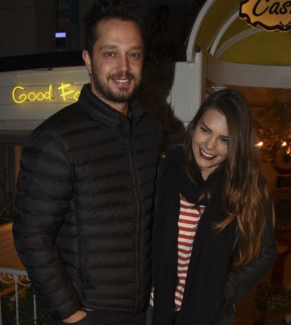 آصلی انور و همسرش مرات بز + بیوگرافی کامل