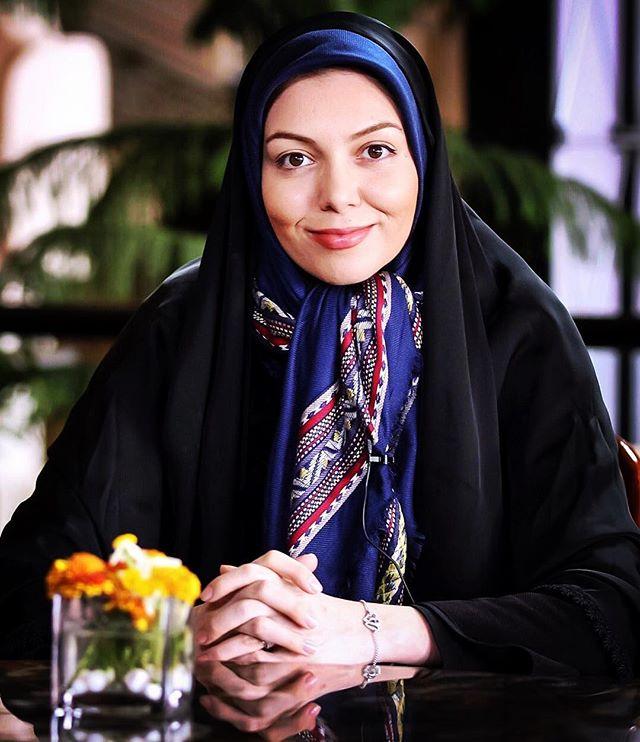 عکس و بیوگرافی آزاده نامداری مجری جنجالی کحاست