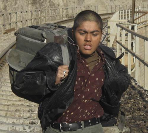 عکس آزاده زارعی در نقش پسر لات + زندگینامه