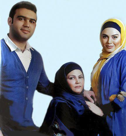 عکس برادر و مادر آزاده زارعی بازیگر