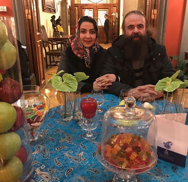 عکس نوروزی سارا صوفیان و همسرش 97