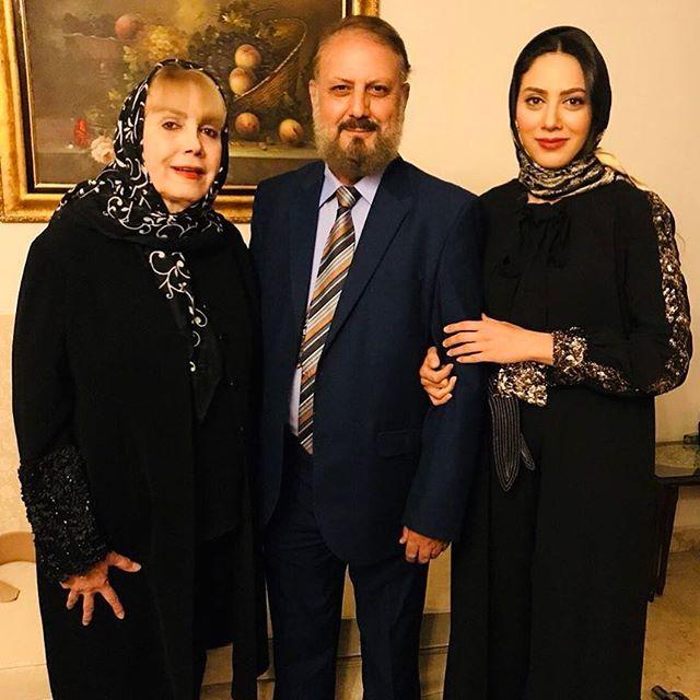 عکس مونا فرجاد در کنار پدر و مادرش نوروز 97