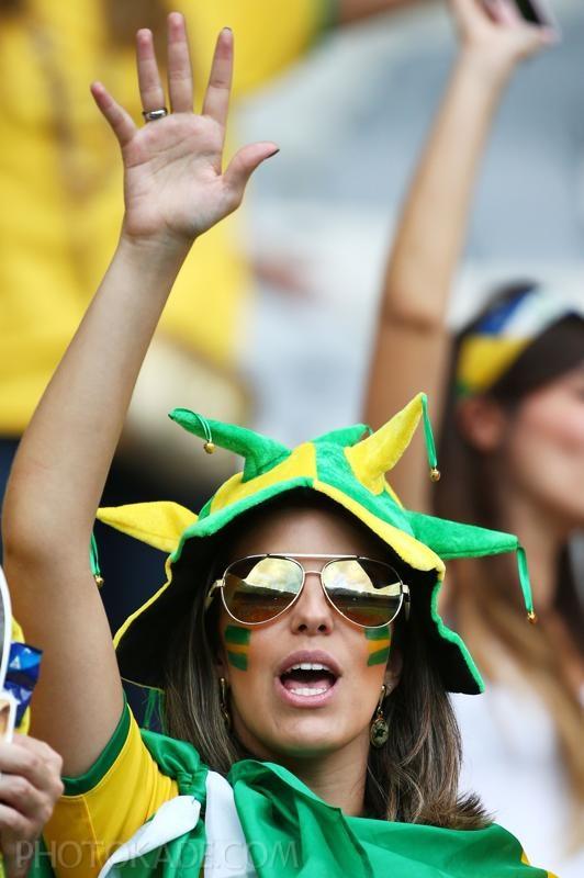 brazil-v-germany-semi-final-20140708-184915-811