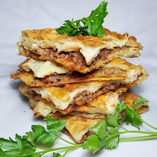 بورک گوشت ، طرز تهیه بورک گوشت چرخ کرده با سس آب گازدار