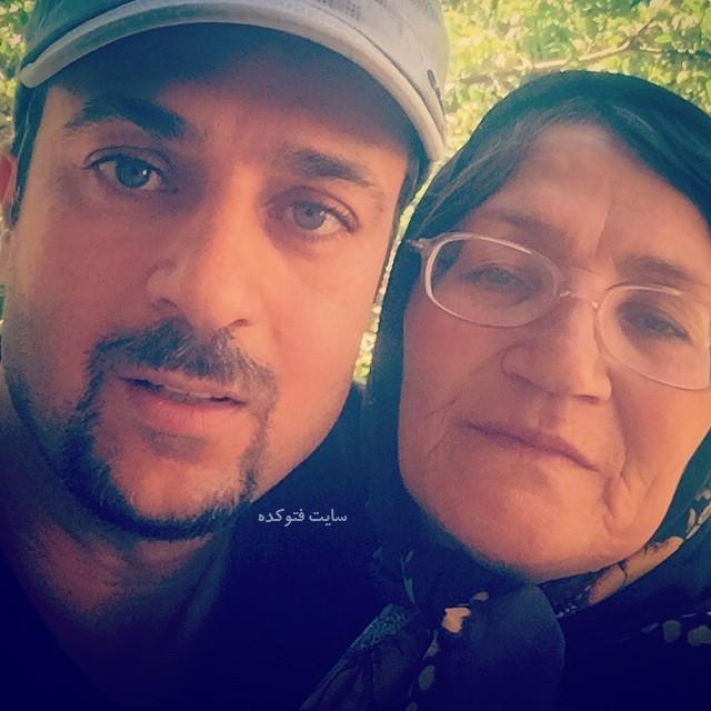 عکس احمد مهرانفر و مادرش