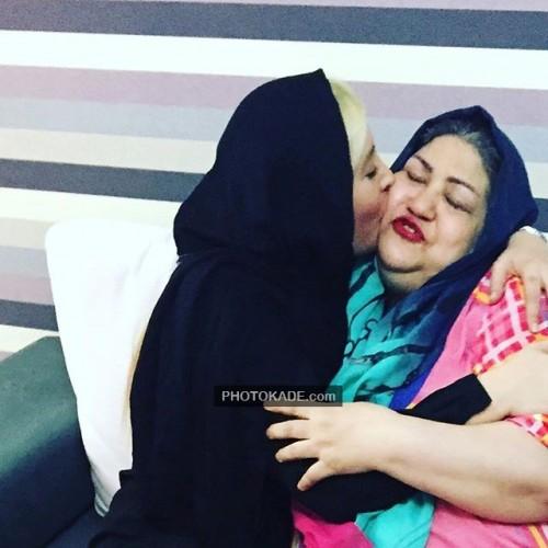 عکس جدید فریبا نادری و مادرش
