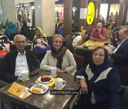 عکس جدید مریم کاویانی و پدر و مادرش