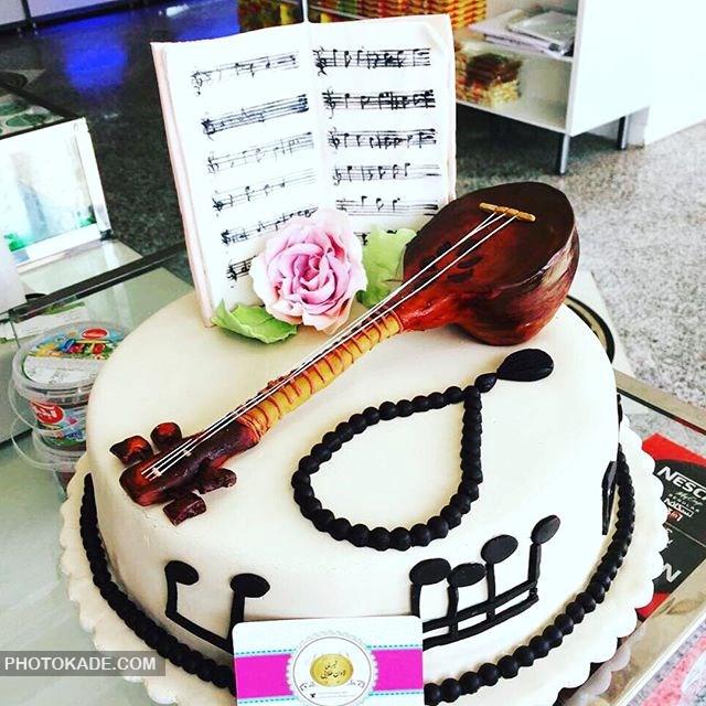 مدل کیک تولد برای نوازنده سه تار