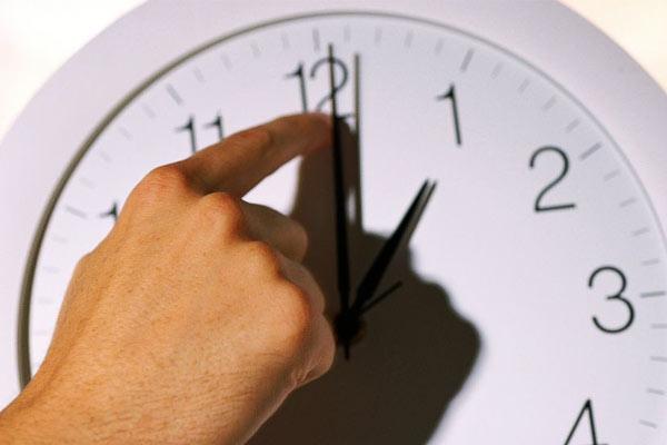 زمان تغییر ساعت رسمی کشور در اول مهر سال 98