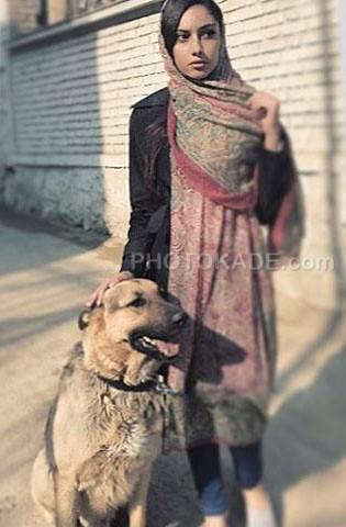 عکس حیوانات خانگی افراد مشهور ایرانی : ترلان پروانه و سگ خانگی