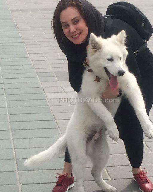 عکس حیوانات خانگی بازیگران زن : آرام جعفری و علاقه اش به سگ