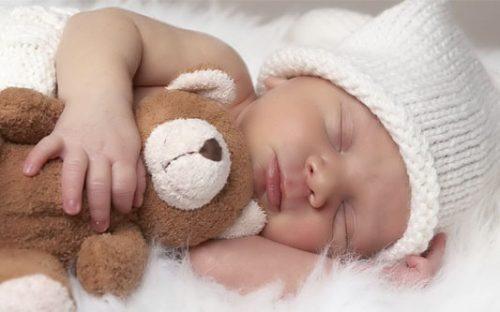 میزان خواب نوزاد 1 ماهه تا 5 ساله + کیفیت خواب