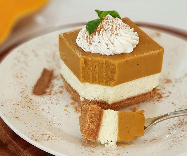 طرز تهیه چیز کیک کدو حلوایی بدون فر
