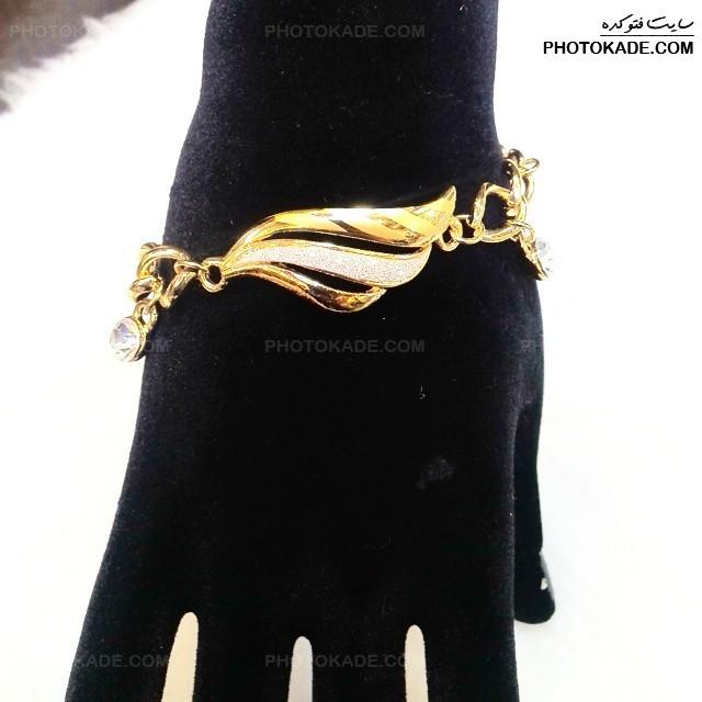 مدل های دستبند طلا,دستبند طلا,عکس مدل های دستبند طلا,عکس جدیدترین دستبند های طلا,مدلهای شیک و جدید دستنبد طلا زنانه,دستبند طلا دخترانه,مدل طلا و جواهرات دست