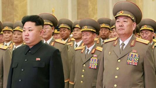 ویدیو اعدام با توپ جنگی در کره شمالی,ویدیو اعدام در کره شمالی,اعدام با موشک در کره شمالی,ویدیو وحشتناک از اعدام در کره شمالی,ویدیو اعدام وزیر دفاع کره شمالی