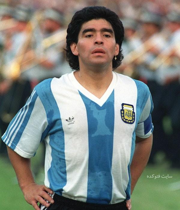 عکس و دیگو مارادونا Diego Maradona فوتبالیست  بیوگرافی دیگو مارادونا و همسرش با عکس و ناگفته های جدید  دیگو مارادونا و همسرش  گل دست خدا  عکس دیگو مارادونا فوتبالیست