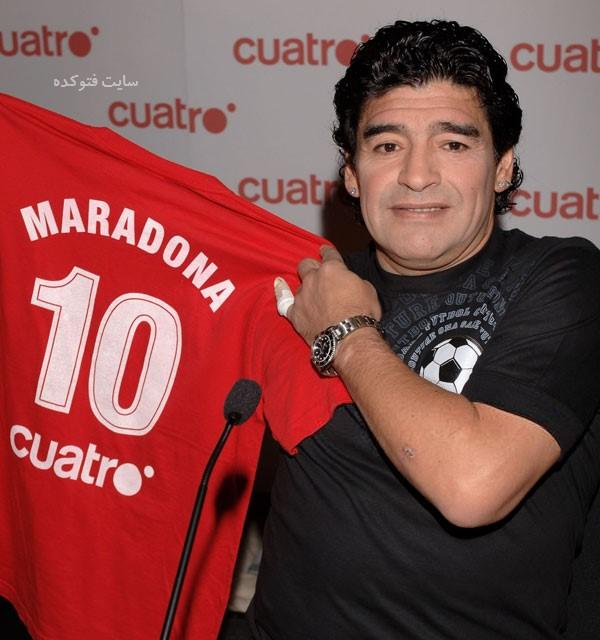 عکس دیگو مارادونا Diego Maradona با داستان زندگی و اعتیاد به کوکائین  بیوگرافی دیگو مارادونا و همسرش با عکس و ناگفته های جدید  دیگو مارادونا و همسرش  گل دست خدا  عکس دیگو مارادونا فوتبالیست