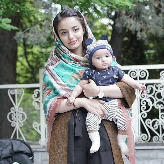 دلارام خسروانی و دخترش دلناز + بیوگرافی کامل