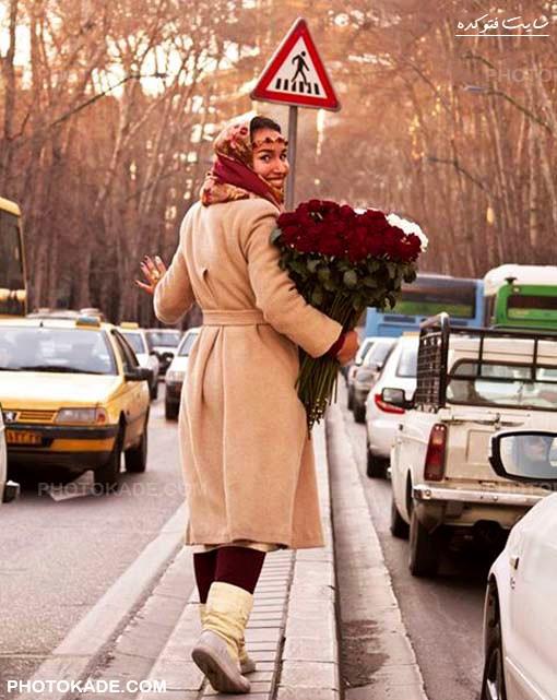 عکس های دختر خوشگل گل فروش,عکس زیباترین دختر گل فروش,عکس دختر زیبا,عکس زن خوشگل فروشنده گل,عکسهای دختر خوشگل گلفروش در تهران,عکس گل فروش خفن دختر زیبا و بوس