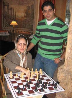 احسان قائم مقامی و همسرش شایسته قادرپور
