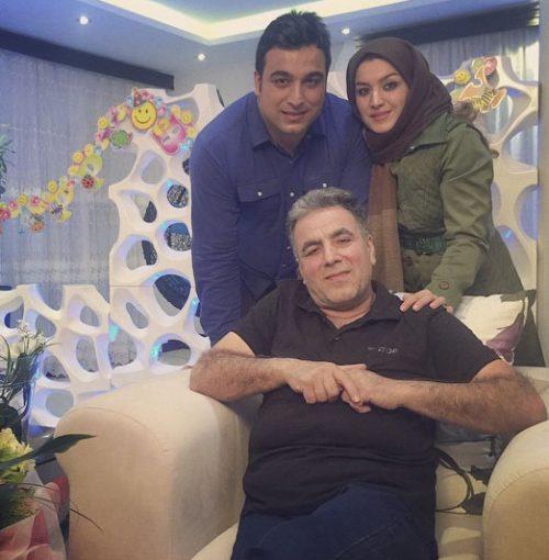 احسان حدادی در کنار خواهر و پدرش