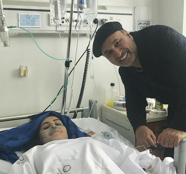 عکس عیادت هنرمندان از الناز شاکردوست در بیمارستان