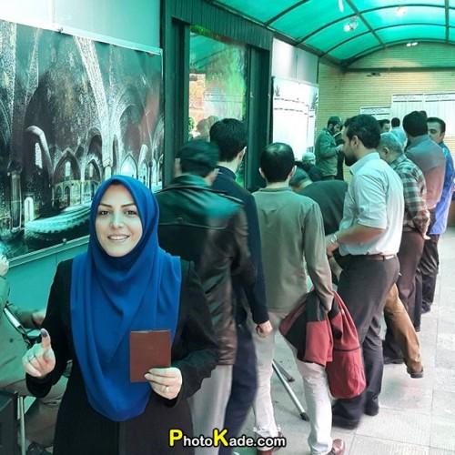 عکس رای دادن افراد مشهور در انتخابات 94,عکس رای دادن افراد سرشناس,عکس رای دادن بازیگران,عکس رای دادن ورزشکاران در انتخابات 94,عکس رای دادن افراد جنجالی و منتقد,گالری عکس های جالب از رای دهندگان مشهور,تصاویر رای دادن افراد معروف ایرانی